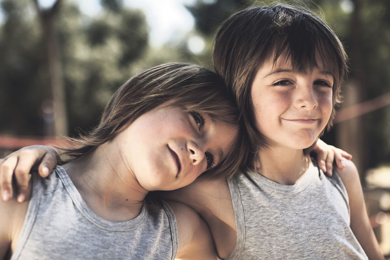 Zwillingsmädchen